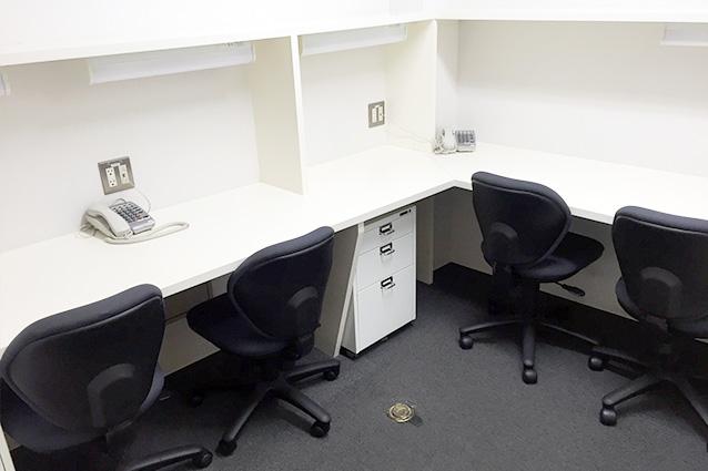 4名用のお部屋 - レンタルオフィス